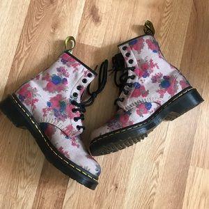 New Dr. Martens Castel Boots Vintage Bouquet Taupe